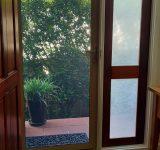 Screen_door_front